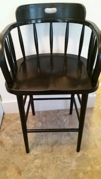 Pier One high top swivel top chair Baltimore, 21212