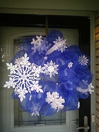 white and blue christmas wreath Bossier City, 71111