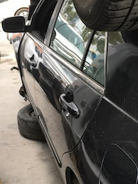 07 Honda accord 4 door  le 4 cylinder parting out only
