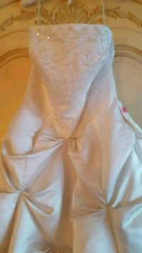 ELEGANT BRIDAL GOWN Ormond Beach, 32174