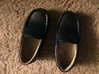 pair of black leather loafers Altamont, 12009