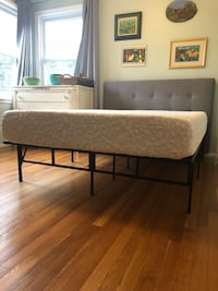 Complete Full Bed- Base, Mattress, and Headboard Hyattsville, 20783