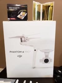 DJI phantom 4 pro drone $650 OBO. Ships from quebec Victoria