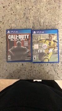 Two sony ps4 game cases Surrey, V3S 3A4