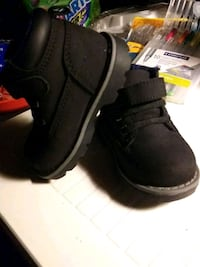 Brand new BB shoes size 3 Asheville, 28806