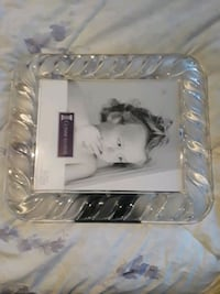 Crystal glass picture frame heavy  Toronto, M2R 2C3