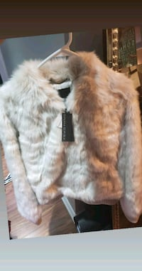 Brand new Banana republic faux fur jacket Markham