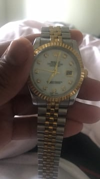 Rolex jubilee no box of papers 2500 or best offer Burnaby, V3N 1N9