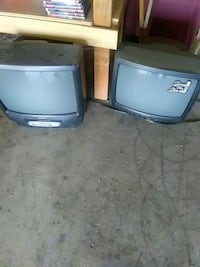 Selling 2 working tv's Porterville, 93257