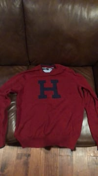 Tommy Hilfinger sweater Springfield, 22150