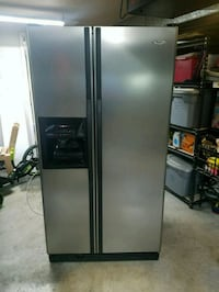Whirlpool Refrigerator (For Repair/Parts) Bluff City, 37618