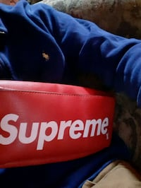 Supreme and louis shoulder bag  Niagara Falls, L2G 2Z7