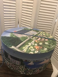 round white and green floral table Los Angeles, 90033