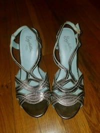 pair of gray leather open toe ankle strap heels Queens, 11375