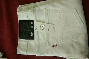 Men's 30/32 white levi 511 jeans brand new