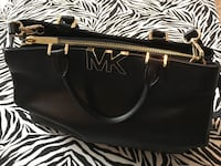 Authentic Micheal Kors Hand Bag Hamilton, L8J 0E3