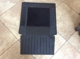BLACK FRONT MAT SEAT FOR CAR