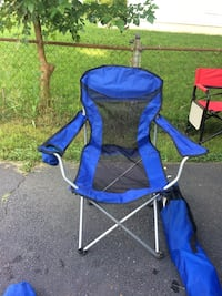 blue and black camping chair 28 km