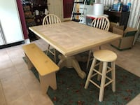Rectangular brown wooden table with four chairs dining set Lafayette, 70508
