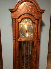 brown wooden framed grandfather clock Woodbury, 55125
