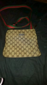 Gucci side bag 100% authentic  Toronto