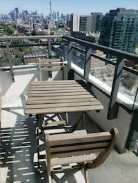 Outdoor table with 2 chairs Toronto, M6J