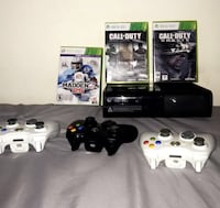 Black xbox 360 console w/3 controllers and 3 games Gaithersburg, 20877