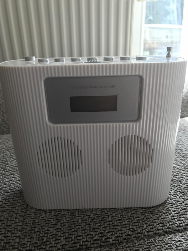 Batterie cd player , fm stereo ,radıo