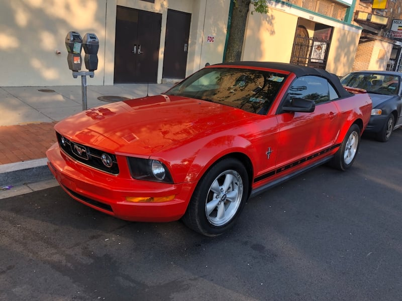 2007 Ford Mustang GT Deluxe 20bea8f6-2ae1-497a-a163-cfe80f3c9133
