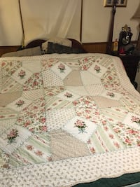 Beautiful hand made vintage antique embroidered quilt 43 km