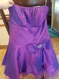 Small prom type dress Eugene, 97402