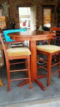 Tall table with 2 high chairs Cicero, 60804