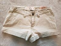 Hollister chino shorts Cambridge, N1R 4S4