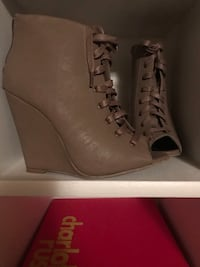 Lace-Up Wedges - Size 7 Oklahoma City, 73142