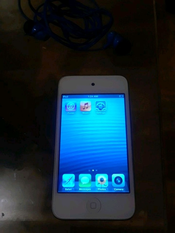 5th gen 16gb excellent CONDITION mint screen 50 ob