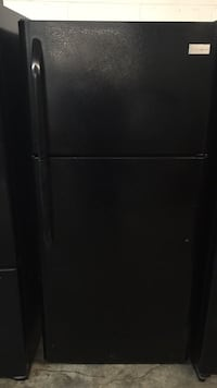black top-mount refrigerator Harvey, 70058
