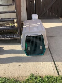 white and green pet carrier Lethbridge, T1H 5W6