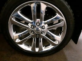"22"" rims with tires and lug nuts"