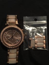 round gold Michael Kors chronograph watch with link bracelet Grimsby, L3M 2N2