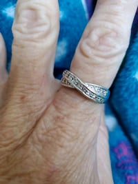beautiful silver diamond band  Columbus, 43215