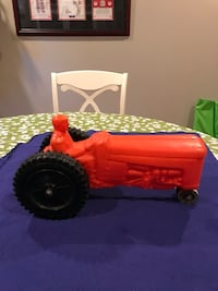 Antique 1950's Toy Tractor