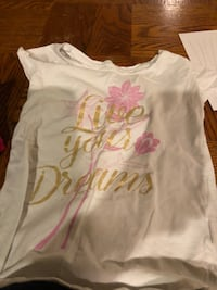 white and pink floral crew neck shirt Fairfield, 45014