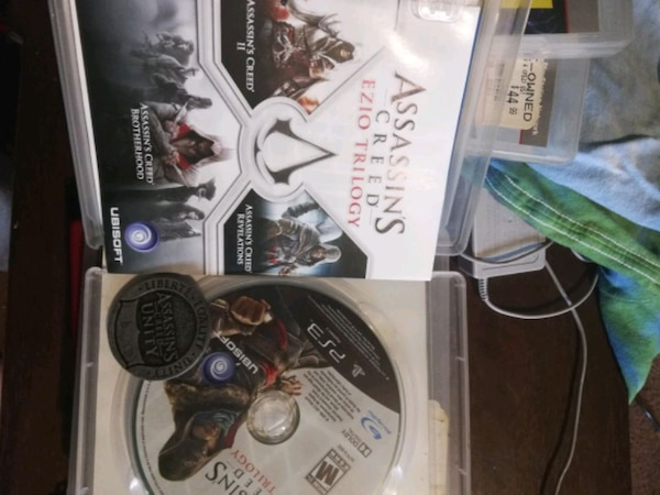 Assassins creed ezio trilogy PS3 + coin 5600a4c7-9897-4503-82ac-acb7e284e1bd