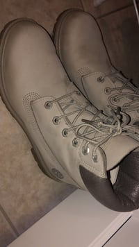 Timberlands waterproof. easily be Scrubbed Clean with hotwaterand Soap