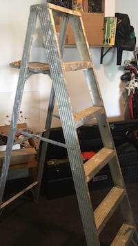 Ladder, 6ft, aluminum, used Grandview Heights, 43212