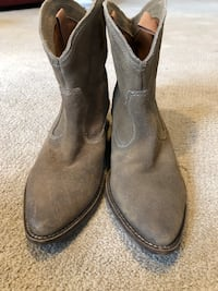 Suede leather boots 61/2 Sterling, 20165