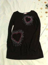 White and red heart studded long sleeve dress 290 mi