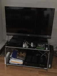 Black glass tv table Toronto, M1P 1K1