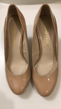 Pair of brown franco sapto patent leather almond toe, size 6m