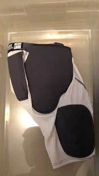 Football Pads Size Large Vienna, 22180